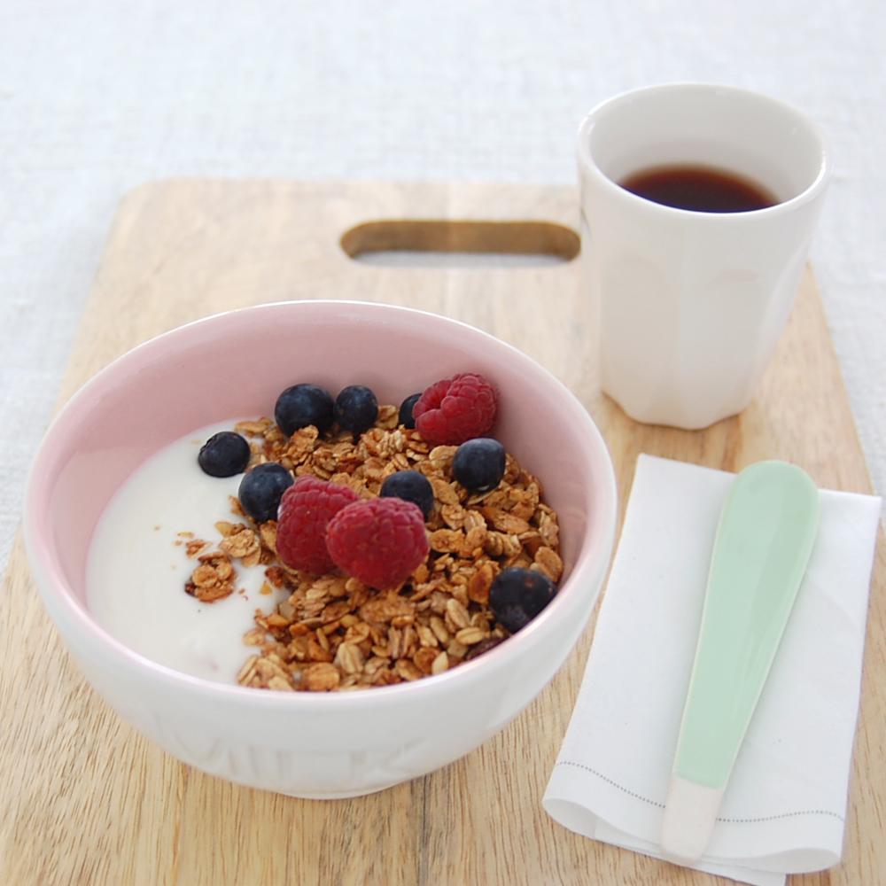 granola con yogurt la colazione della domenica nonsolofood