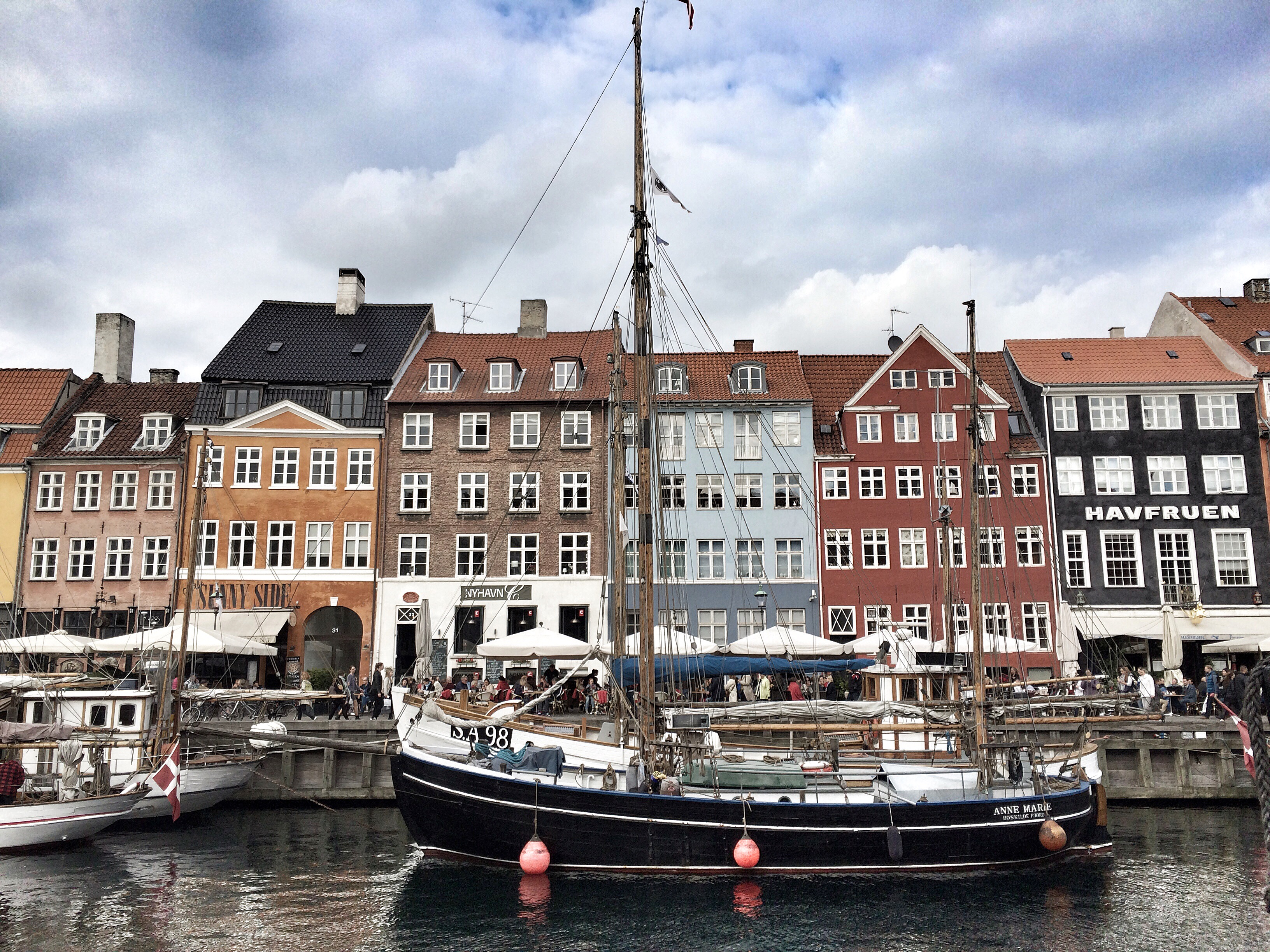 Nyhavn | Come to Copenhagen with Nonsolofood